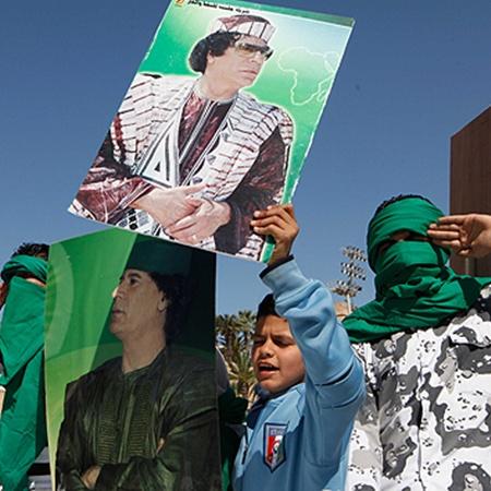 Вслед за оппозицией на улицы ливийских городов вышла еще более многочисленная армия сторонников Каддафи. Фото Укринформ.