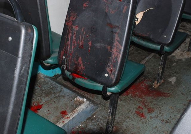 Крови в салоне было много, но серьезных травм удалось избежать. Фото Николая Шинкаря