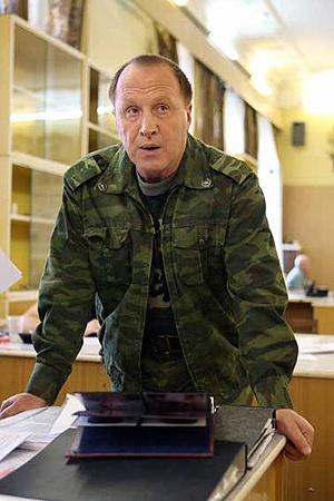Благодаря роли прапорщика Кантемирова в «Кадетстве» Стеклов стал хорошо известен молодому поколению.