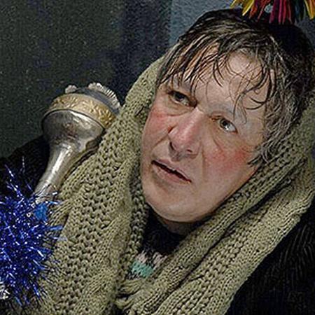В боевике «Антикиллер Д. К.: Любовь без памяти» Ефремов сыграл алкаша-банкира...