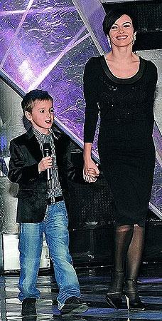 9-летний сын Игорь очень гордится своей мамой, считает ее самой красивой. Фото Persona Stars.