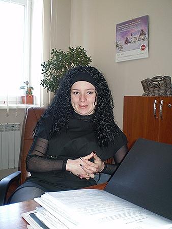 Партия регионов в лице Юли Поповской очень привлекательна.
