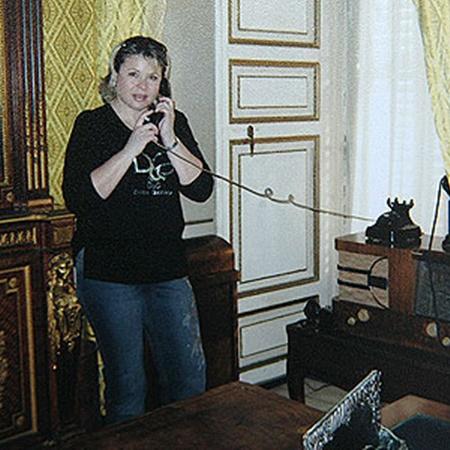Галина в кабинете Каддафи. Фото АП.