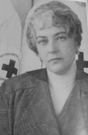 Вместе с деньгами вдова купца Алексеенко Надежда Ивановна передала Екатеринославу участок на углу Пушкинского проспекта и ул. Короткой.