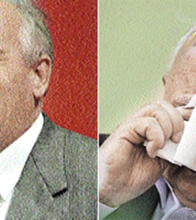 И смех, и слезы. Слева - Президент СССР на XXVIII съезде КПСС (1990-й), последнем; справа - на пресс-конференции к 25-летию перестройки (2010-й)...