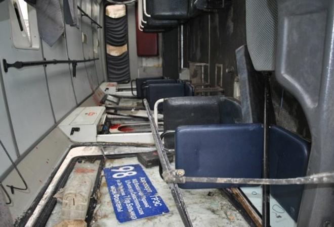 В Симферополе, в перевернувшемся  из-за гололеда автобусе,пострадали 16 человек фото 3