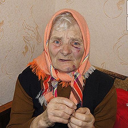 Очнувшись, бабушка сама вызвала милицию. Фото Инны Киреевой.