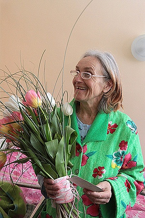 65-летняя Валентина Григорьевна Подвербная родила дочку, а вместе с ней - очень непростую проблему.