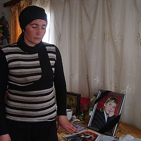 В смерти сына Светлана Щирская винит педагогов, которые скрыли от нее проступок Андрея.