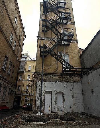 Эркер, в котором жила семья Дмитрия, снесли 13 декабря прошлого года.