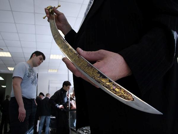 Саблю сделал луганский оружейный мастер. Фото с phylloscopus.livejournal.com.