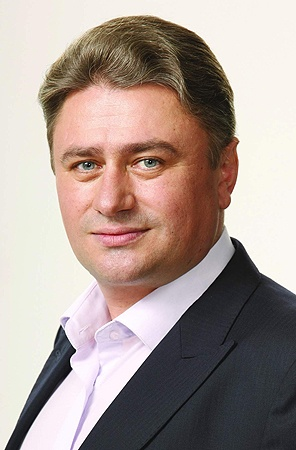 Виталий Иванович Гудзенко, депутат Киевской областной рады (фракция «Сильная Украина»).