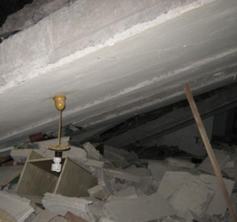 В результате взрыва пострадала квартира Анны Савченко. Фото: 0629.