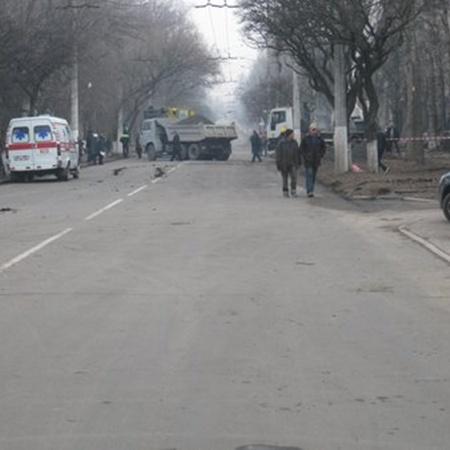 ГАИ ограничила движение транспорта на проспекте Строителей. Фото: 0629.