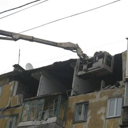 Идут ремонтно-восстановительных работ взорвавшегося дома. Фото: 0629.