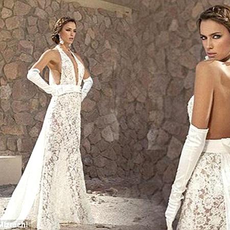 Откровенно и сексапильно: платье из прозрачного кружева для смелых невест. Вряд ли Ирина решится нарядиться в такое на собственной свадьбе: у Криштиану Роналду очень строгая католическая семья. Фото Daily Mail.