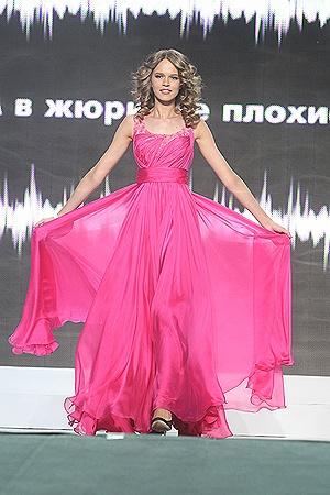 1-я вице-мисс Ольга Даценко понравилась всем своей эмоциональностью.
