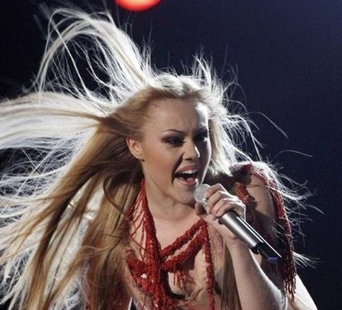 Обладатель Первой премии на Международном фестивале «Песни моря» (2008) - Alyosha (Алена Кучер).