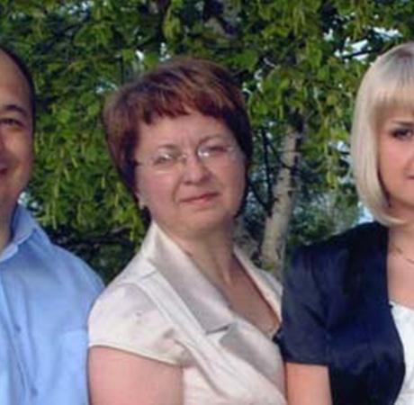 Семья Шведко (Сергей, его жена Лариса и дочь Яна) испытали на себе все «прелести» организации тестирования.