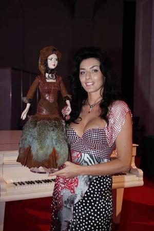 Диана Дорожкина создала настоящую куклу «от кутюр».