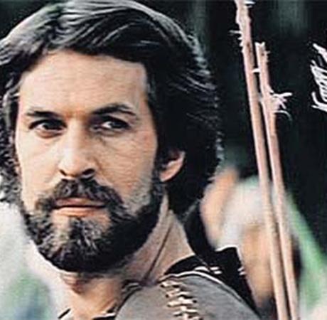 Таким актер запомнился зрителям. (Кадр из фильма «Стрелы Робин Гуда», в главной роли - Хмельницкий.)