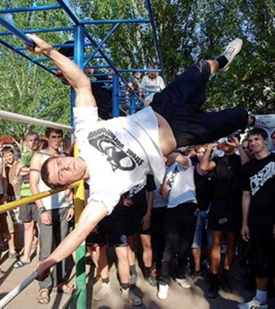 Максим Руденко стал лучшим турникменом в области.