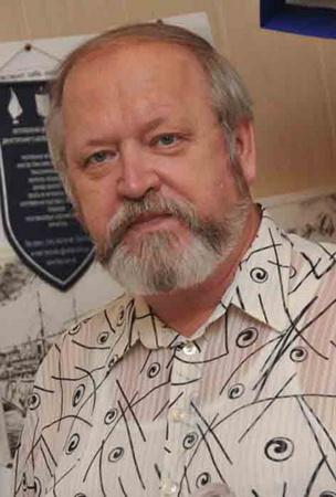 Уфолог Вячеслав Коняхин:– НЛО – это объективная реальность, они напоминают: мы во Вселенной не одни.