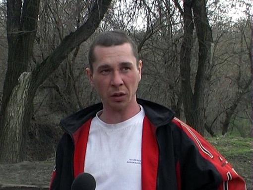 Конюх Александр Олейник: «Я оттащил медведя за уши, а он цапнул меня за руку и опять бросился на пенсионерку».