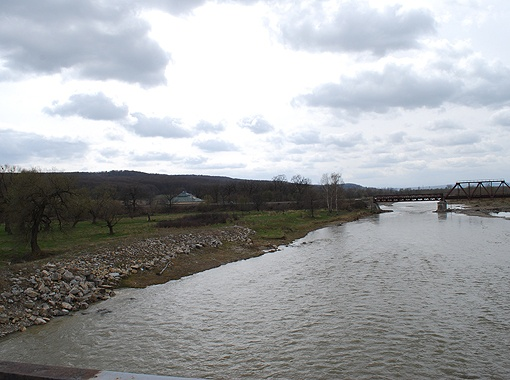 Речка Лимница считается одной из самых чистых в Европе, хоть и протекает в опасной близости от загрязненных районов.