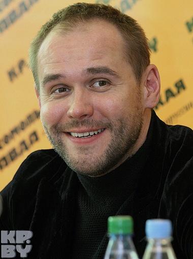 Максим Аверин приехал в Минск с собственной программой
