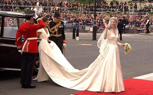 Невеста и ее платье