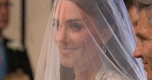 Кейт Миддлтон у венца.