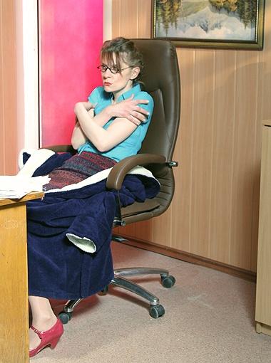 В новом сериале Екатерина Кистень сыграла секретаршу истеричного босса.