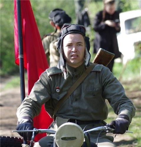 В Севастополе устроили битву на Сапун-горе фото 1