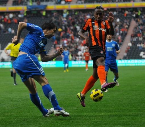Первый гол в ворота гостей влетел на 15 минуте. Фото: shakhtar.com.