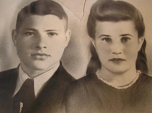 С мужем Григорием Ивановичем Репетило «супермама» объездила половину Советского Союза. Работали геологами.