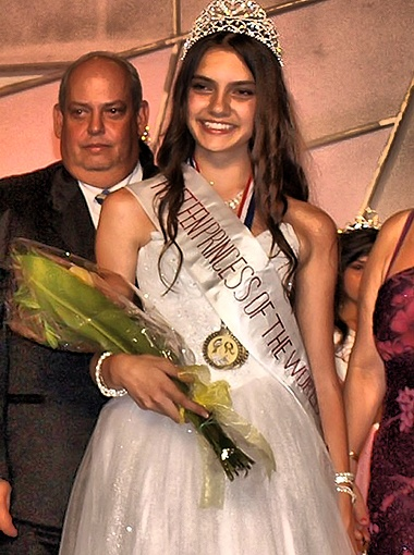 По итогам всех конкурсов, улыбчивую и веселую Алину жюри признали лучшей. Фото предоставлено организаторами фестиваля