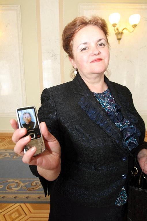 У Григорович на заставке фото отца.