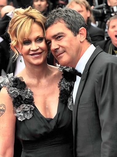 Супруге Антонио Бандераса Мелани Гриффит не стоит злоупотреблять глубокими декольте. Фото Splash/All Over Press.