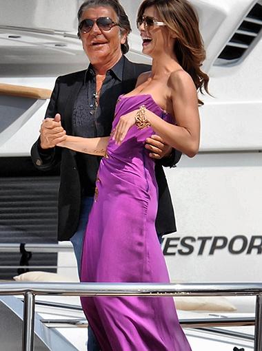 Элизабетта Каналис с маэстро Роберто Кавалли. Фото Splash/All Over Press.