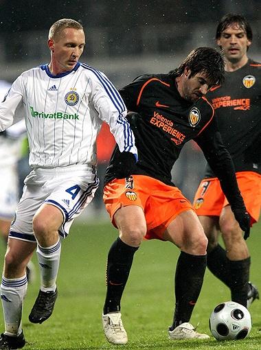 Гиоане (на фото по соседству в матче против испанской «Валенсии») - 262.
