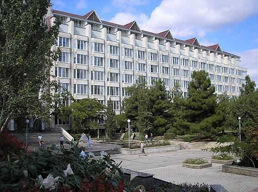 Современные корпуса ТОК «Судак» принимают гостей круглый год.