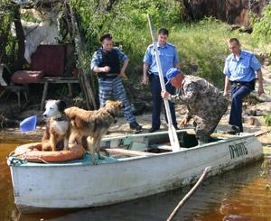 Из-за отсутствия документов на лодку и двигатель у рыбака арестовали судно.
