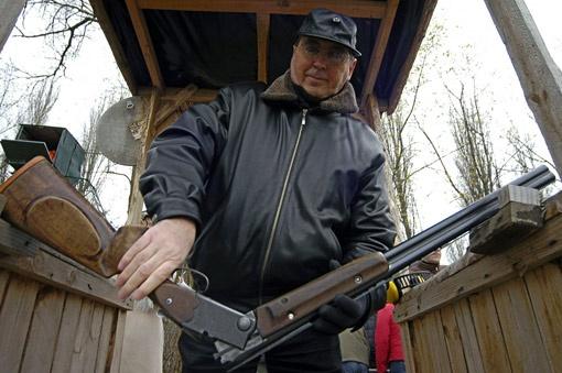 Политолог попадает в цель не только при помощи ружья, но и делая прогнозы.