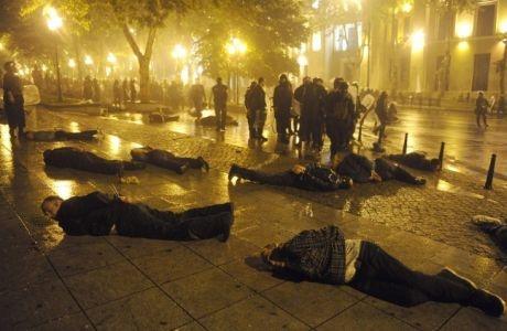 Полиция расчистила территорию от митингующих. Фото телеканала ПИК.