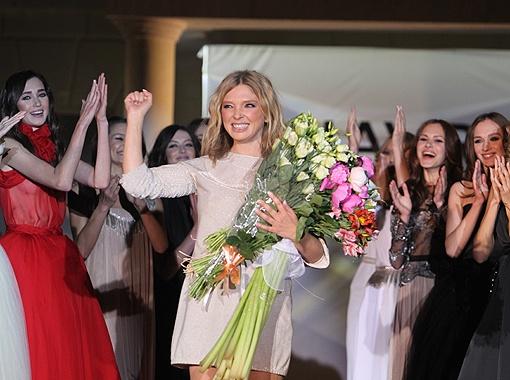 Любимый дизайнер звезд Ольга Навроцкая знает, как сделать женщин богинями.