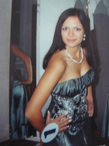 На конкурсе красоты в Советском районе Катя вошла в семерку самых красивых девушек.