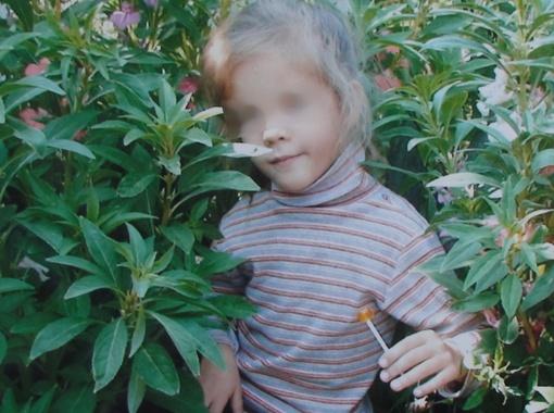 Девятилетняя Юля возвращалась из школы домой. А угодила в больницу.