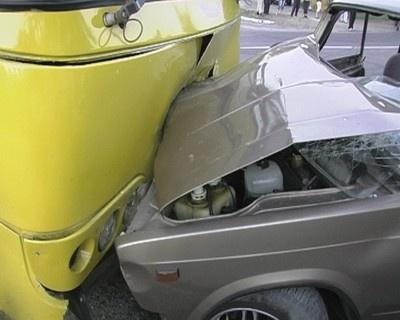 Милиция выясняет причины аварии. Фото: magnolia-tv.com
