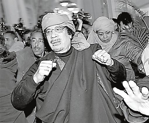 По одной из версий, именно миллиарды Каддафи стали причиной низложения ДСК.